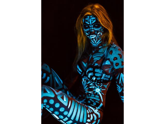 Hire UV Face and Body Artist
