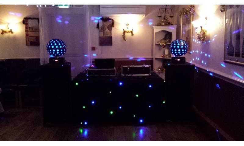 Black Bronze Rig with Starburst disco effects.jpg