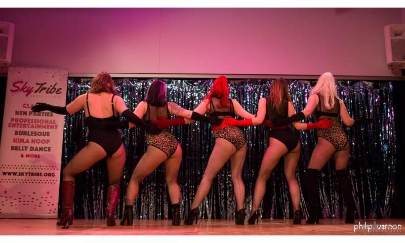 Chicas Locas Burlesque