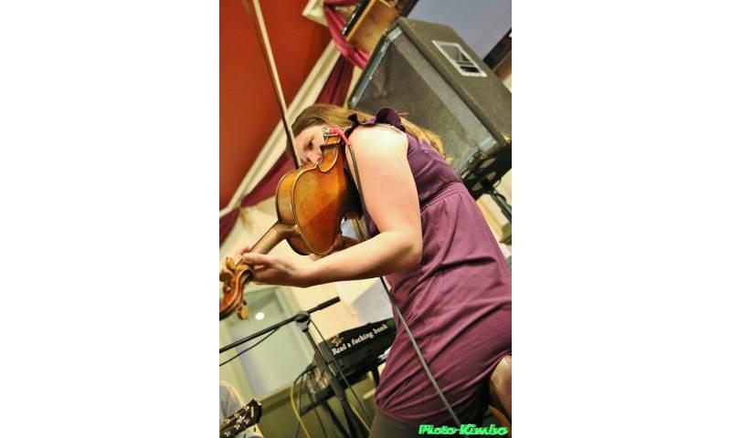 Book Swing The Bridge Barn Dance/Ceilidh Band - Folk Music ...
