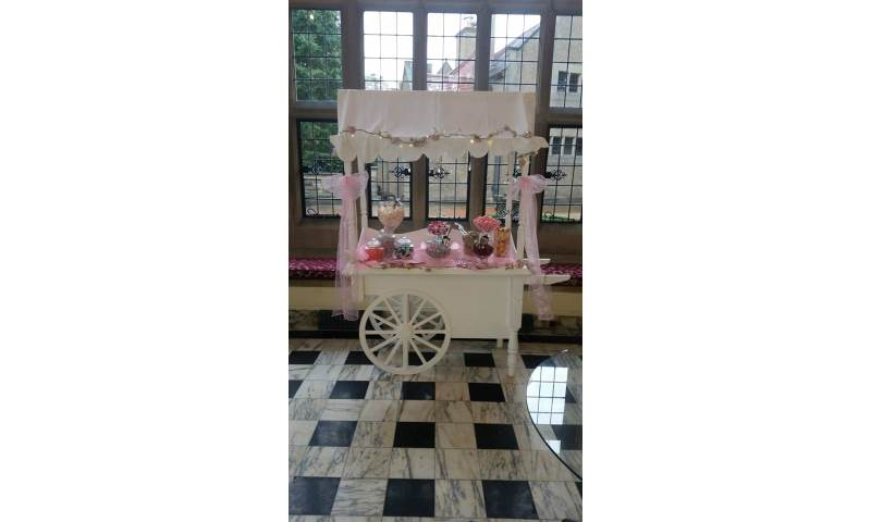 Candy Cart hire in Hertfordshire, Bedfordshire, Essex & surrounding areas.