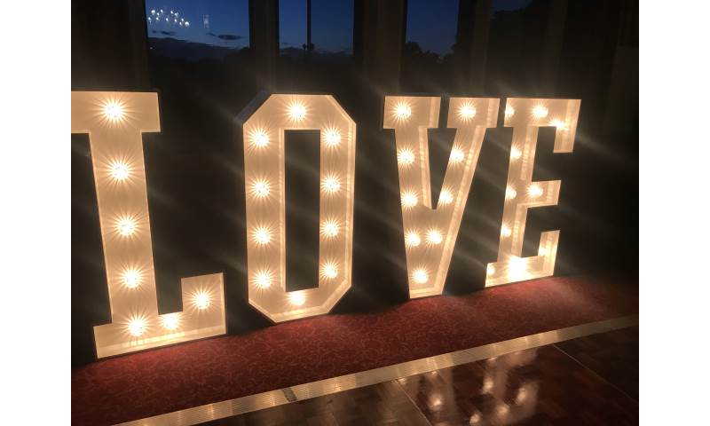 4ft Light Up LOVE Letter hire in Hertfordshire, Bedfordshire, Essex & surrounding areas.