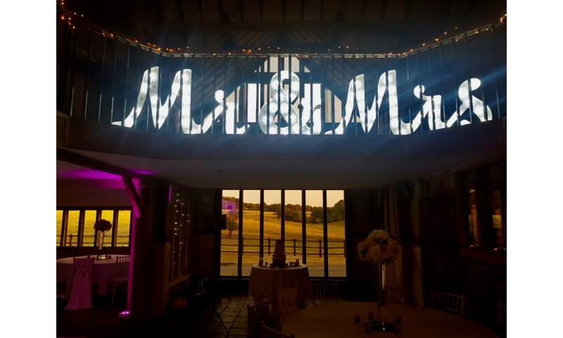 4ft Light Up Mr & Mrs Letter hire in Hertfordshire, Bedfordshire, Essex & surrounding areas.