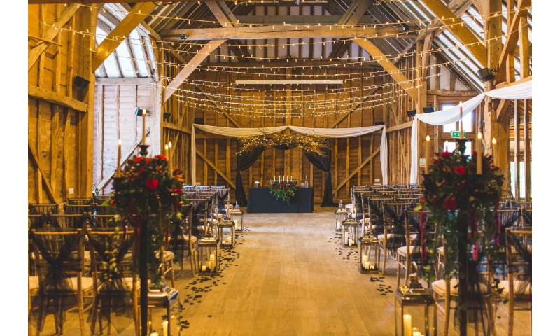 Wedding ceremony decor in Hertfordshire, Bedfordshire, Essex & surrounding areas. Perfect for weddings, birthdays & corporate events