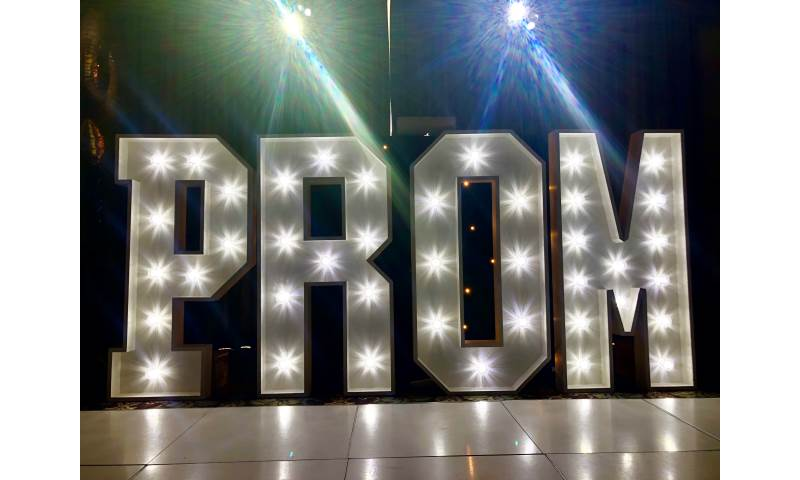 Light Up Letter Hire in Hertfordshire, Essex, Bedfordshire & surrounding areas. Perfect for all birthdays, birthdays, weddings, Proms and many more