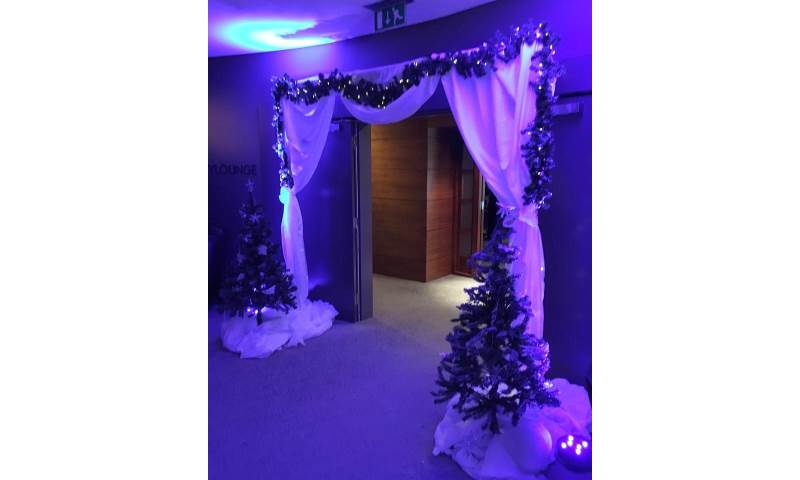 Winter Wonderland Archway available for hire in Hertfordshire, Bedfordshire & surrounding areas