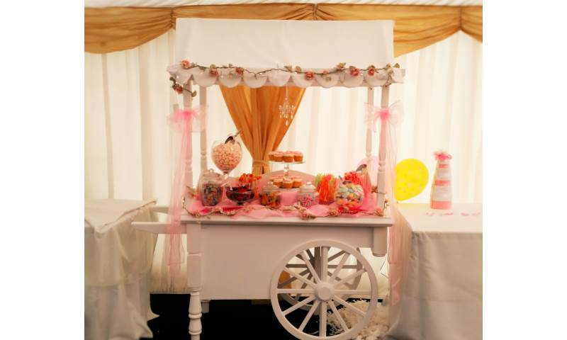 Pink Themed Candy Cart for Hire in Hertfordshire, Bedfordshire, Essex & surrounding areas. Perfect for weddings, birthdays & baby showers