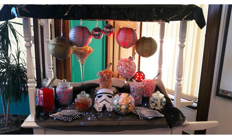 Star Wars Candy cart hire in Hertfordshire, Bedfordshire, Essex & surrounding areas. Perfect for weddings, birthdays & corporate events