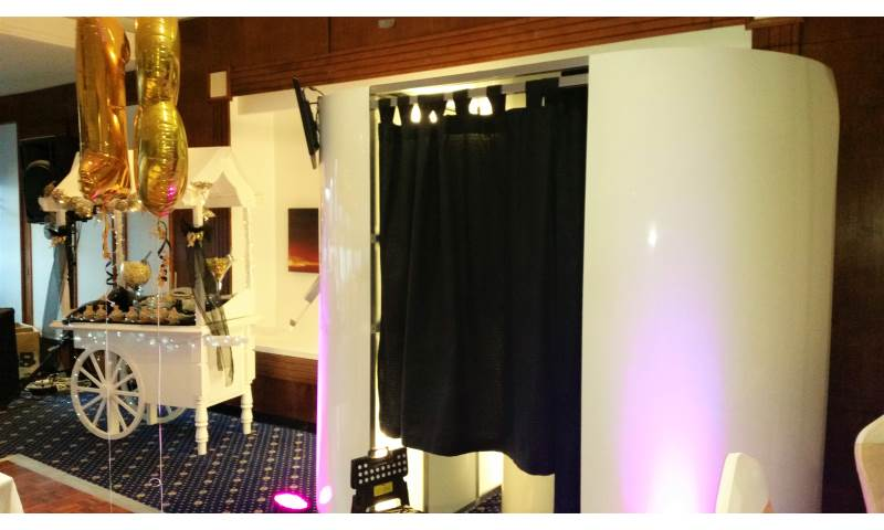 Candy Cart & Photo Booth in Hertfordshire, Bedfordshire, Essex & surrounding areas. Perfect for weddings, birthdays & corporate events
