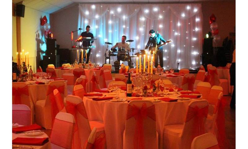 Starlight backdrop hire in Hertfordshire, Bedfordshire, Essex & surrounding areas. Perfect for weddings, birthdays or corporate events