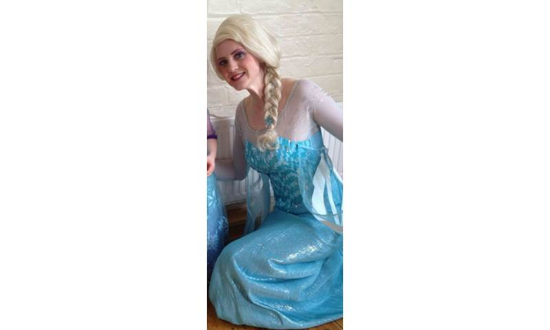 The Snow Queen (With Wig)