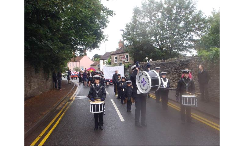 Getting Wet on Thornbury Carnival Procession