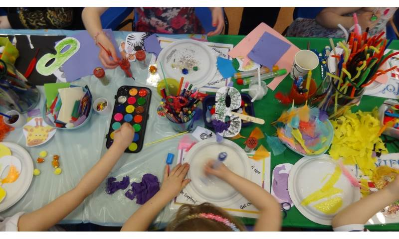 hours of fun childrens parties liverpool craft activity jungle (9).JPG