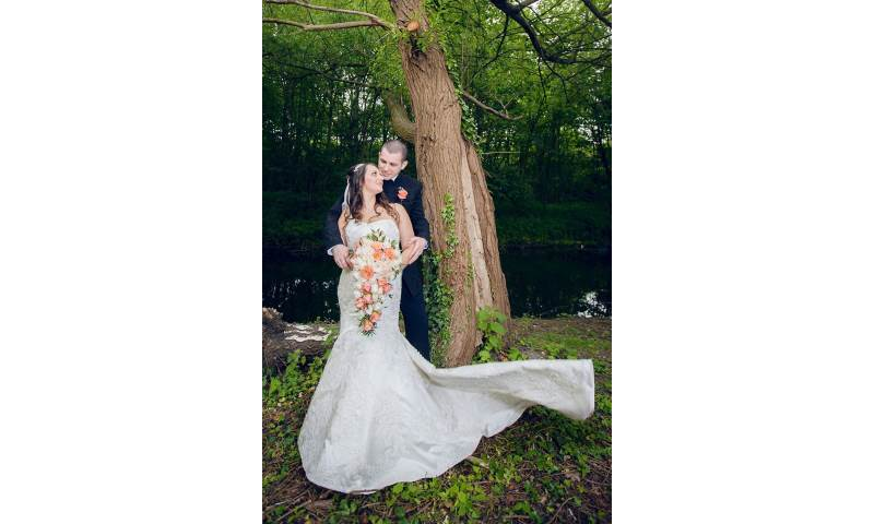 London UK Indian bride pre wedding engagementwedding photography videography make up hair service.jpg