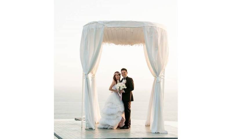 Oriental style wedding day photography in Bali. Engagement and  wedding photography, videography, make up hair service.jpg