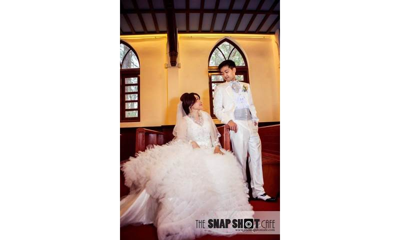 Oriental couple wedding day shoot in Hong Kong. Engagement and  wedding photography, videography, make up hair service.jpg
