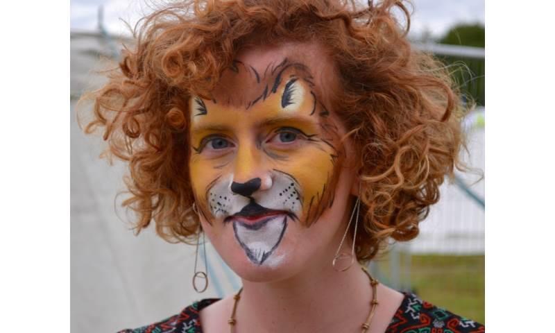 Facepainting Lion Face Folk East.jpeg