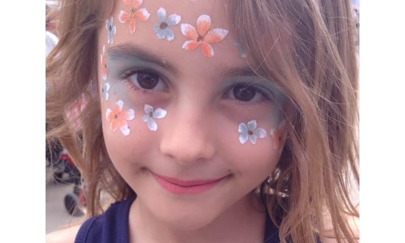 Face paint Flowers 2.JPG