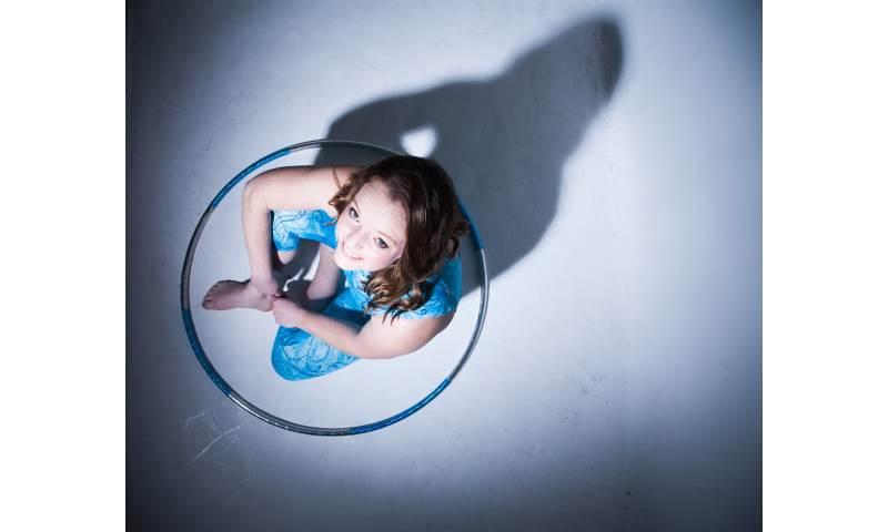 Lisa Truscott hula hoop.jpg