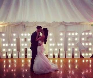 A truly stunning pic sent to us by the newly weds! Our giant Mr & Mrs at Ramside Hall, County Durham
