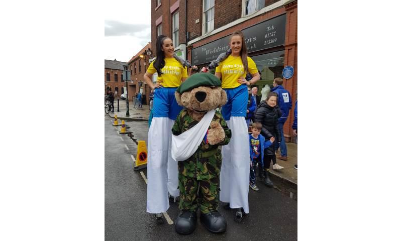 Tour De Yorkshire Stiltwalkers