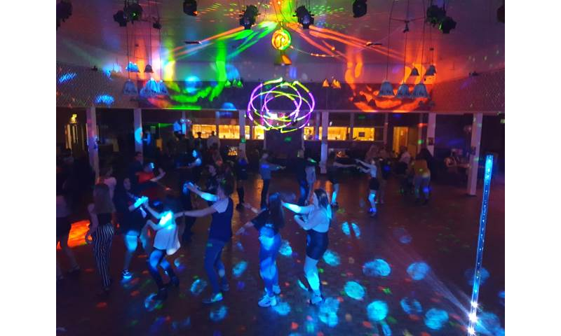 DANCING5.jpg