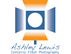 Contains Flash Photography Logo